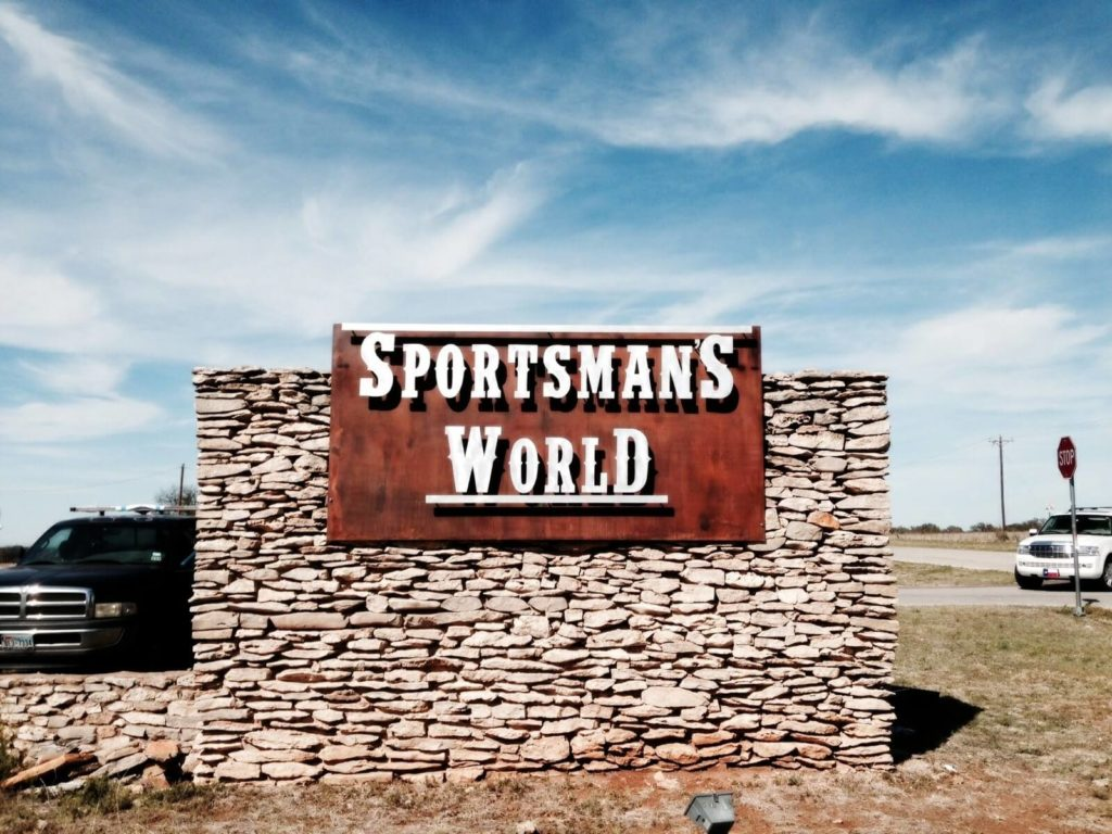 Custom Design Rusty Sign Sportsmans World Far View ENSO