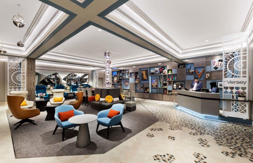 Decorative Metal Screen and Floor Inlay Hotel Versey Lobby 1 ENSO
