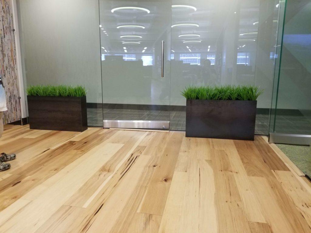 Custom Design Contemporary Metal Planters ENSO