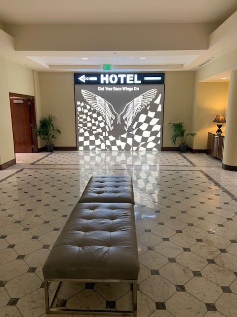 Signage Hotel Versey Angel Wings ENSO